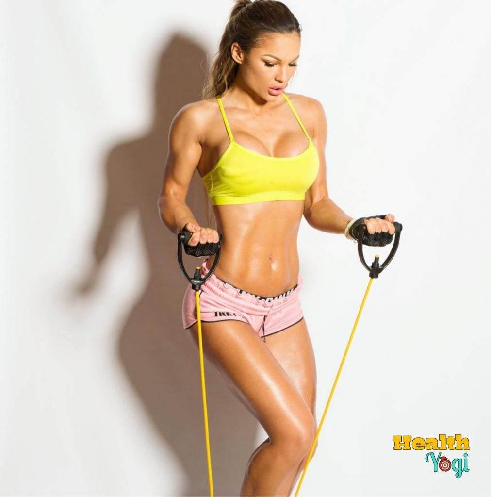 Julia Gilas Workout Routine and Diet plan | Instagarm Photos | Workout video