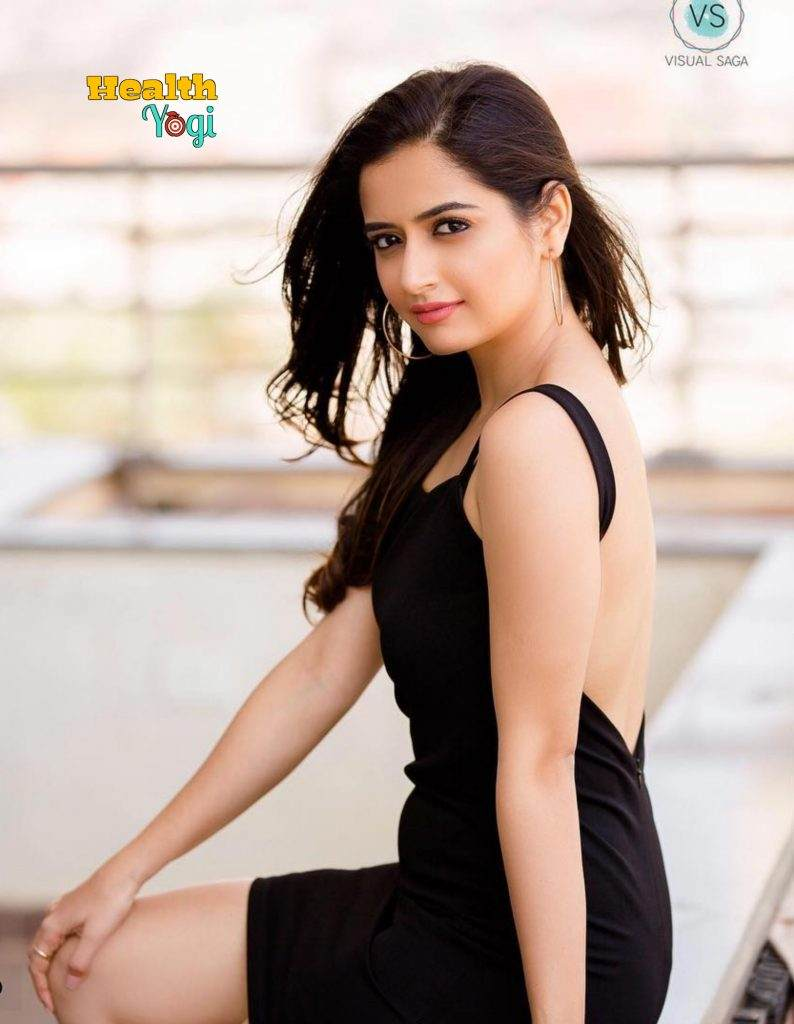 Ashika Ranganath hot Figure HD Photo