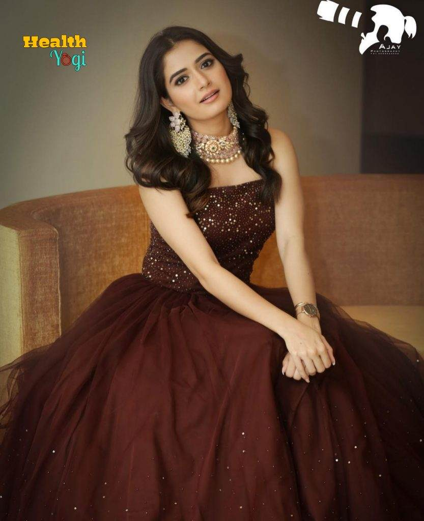 Ashika Ranganath HD Photo
