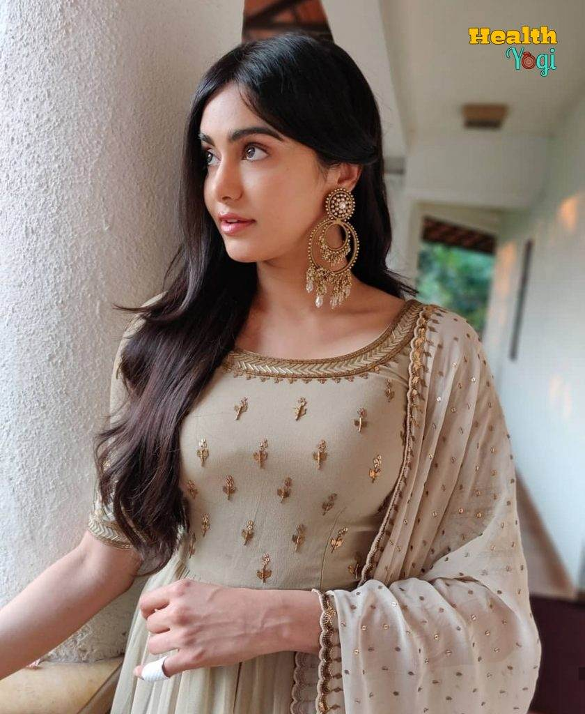 Adah Sharma Beauty instagram HD Photo
