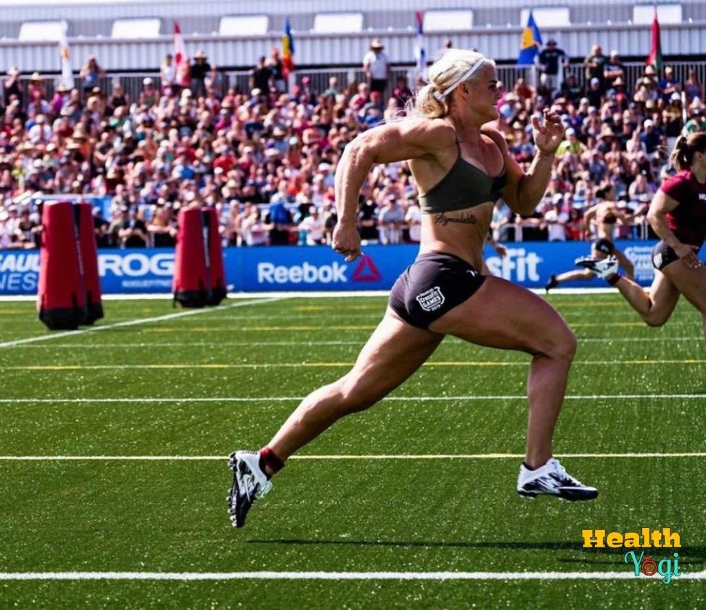 Sara Sigmundsdottir running