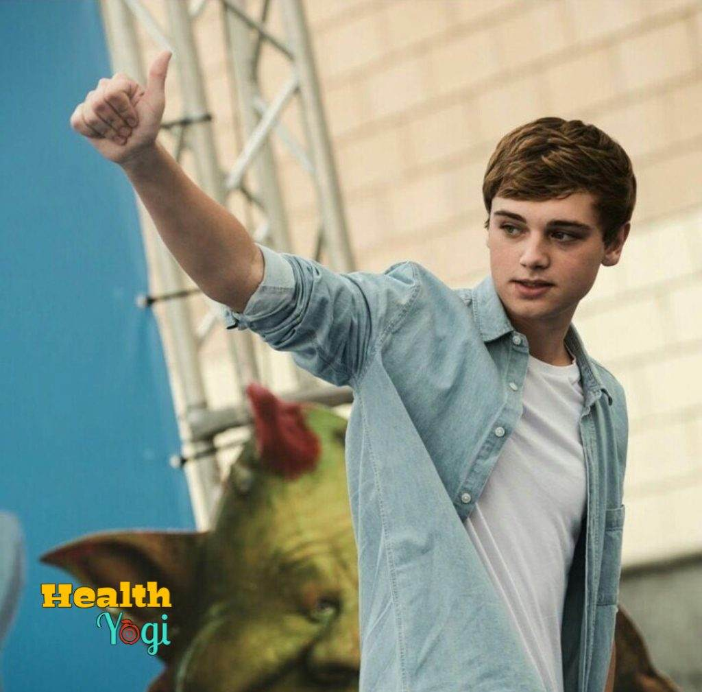 Dean Charles Chapman Workout Routine and Diet Plan