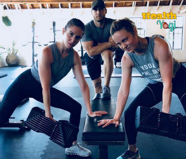 Alison Brie Workout with Brie Larson