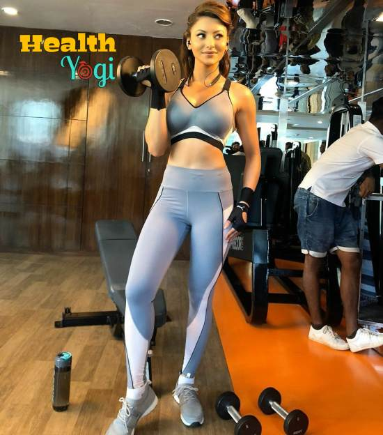 Urvashi Rautela Fitness