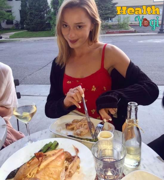 Phoebe Dynevor Diet Plan