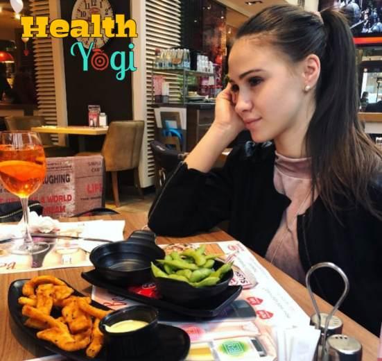 Maria Bakalova Diet Plan