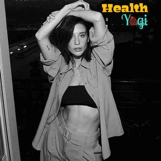 María Pedraza Diet Plan and Workout Routine:
