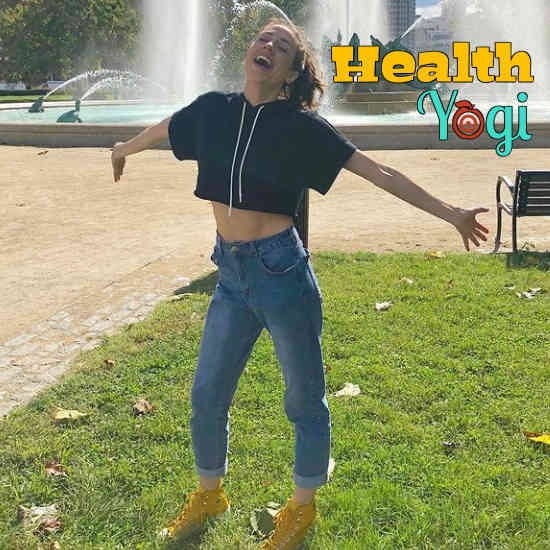 Colleen Ballinger Diet Plan and Workout Routine