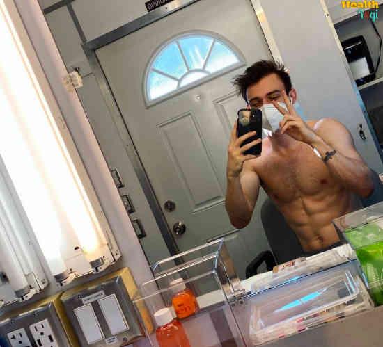 Thomas Doherty Workout Routine
