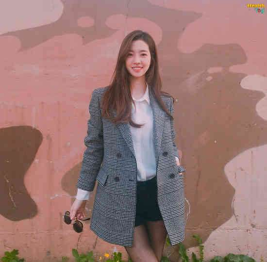 Jin Se-Yeon Diet Plan and Workout Routine