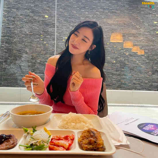 Tiffany Young Diet Plan